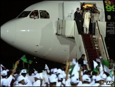 Megrahi is welcomed at airport in Tripoli