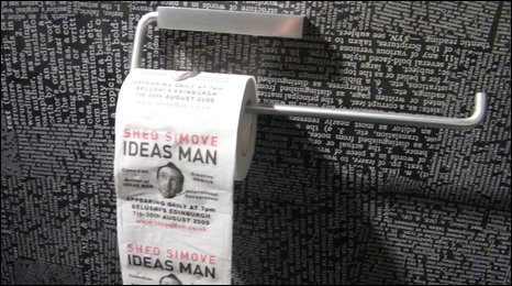 Ideas man stunt on toilet roll