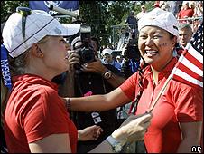 Morgan Pressel (l) and Christina Kim
