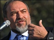 Israeli Foreign Minister Avigdor Lieberman in the West Bank settlement of Ariel on 23 August 2009