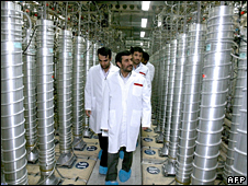 Iranian President Mahmoud Ahmedinejad tours the Natanz enrichment facility (8 April 2008)