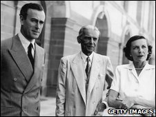 Mountbatten and his wife wife Mohammed Ali Jinnah, future leader   of Pakistan