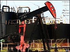 Oil pump in Lagunillas at the west coast of Lake Maracaibo, 700km (420 miles) west of Caracas, Venezuela