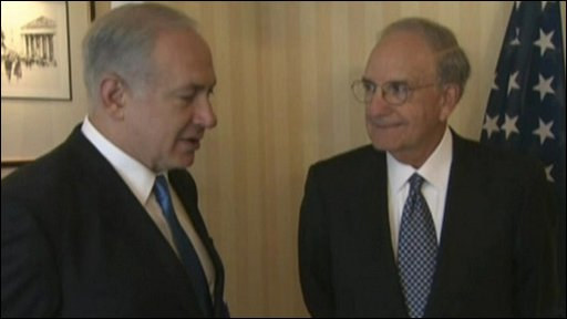Israeli PM Benjamin Netanyahu with US envoy George Mitchell