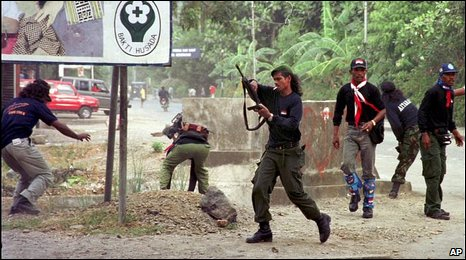 Anti-independence militia in Dili, East Timor (26 August 1999)