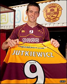 Lukas Jutkiewicz is unveiled at Fir Park