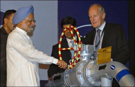 Manmohan Singh and Sir Bill Gammell