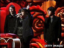 Oasis at Brit Awards 2007