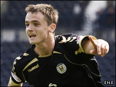 Stephen McGinn celebrates in Kilmarnock