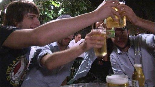 Italians drinking