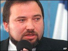 Avigdor Liberman at a Press Conference in 1999