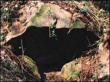 Stone structure near Fairwater, Cwmbran