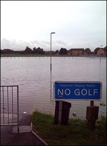 Elgin floods [Pic: Gilbert Pellegrom]