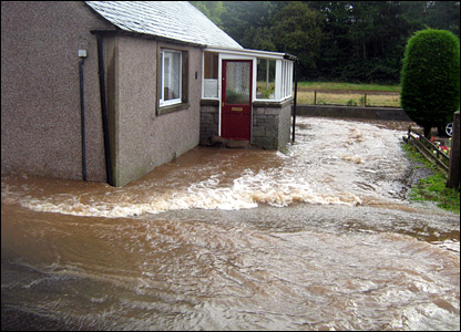 Flooding Letham, Angus [Pic: Tony Cook]
