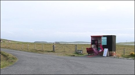 Bus shelter cinema on unst