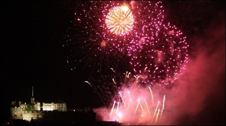 edinburgh fireworks