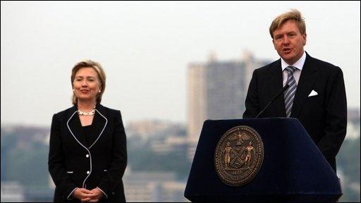 Hilary Clinton and Dutch Prince Willem-Alexander