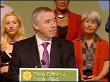 Ieuan Wyn Jones on the speaker's podium