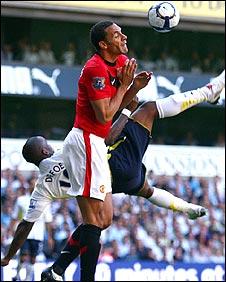 Jermain Defoe scores Tottenham's opener