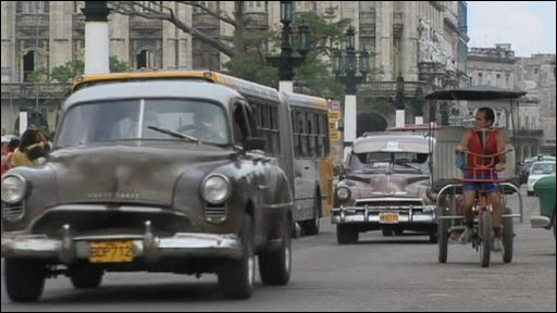 Cars on Cuban street