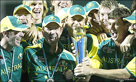 Australia celebrate winning the 2006 Champions Trophy
