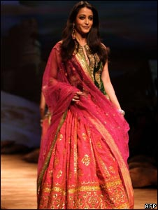 Bollywood actress Raima Sen in a Sabyasachi creation