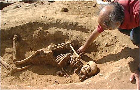 4th Century skeleton found at Caistor St Edmund, Norfolk