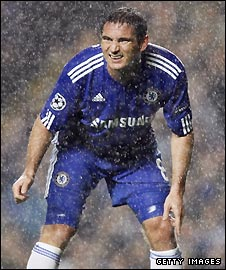 Frank Lampard in action against Porto