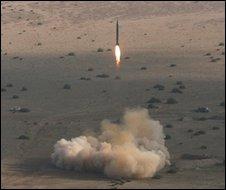 Iranian test of Shahab-2 missile, November 2006