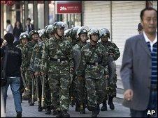 Paramilitary police in Urumqi 7/9/09