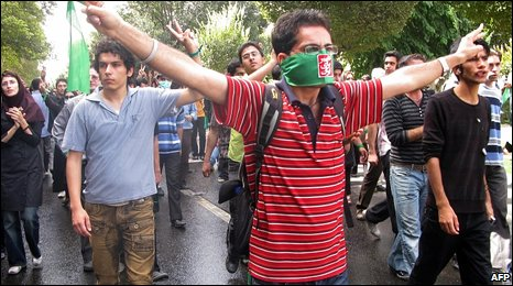 Opposition supporters at a rally in Tehran, Iran (18 September 2009)
