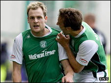 Anthony Stokes celebrates his first goal for Hibs