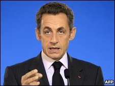 French President Nicolas Sarkozy gives a speech on 18 September 2009