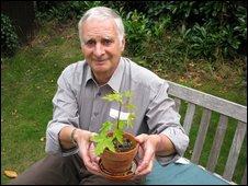 Holocaust survivor Steven Frank