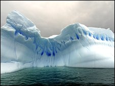 Icebergs drift in the sea in Cierva Cove, on the coast of the Antarctic Peninsula in Antarctica