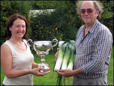 Robert and his wife Yvonne showcase their pirize winning leeks