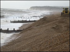 Shingle at Pett Levels