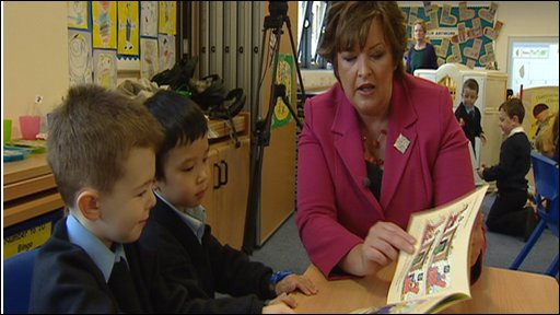 fiona hyslop with children