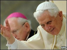 http://newsimg.bbc.co.uk/media/images/46430000/jpg/_46430446_pope_afp.jpg