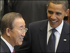 UN Secretary General Ban Ki-moon (l) and US President Barack Obama at the UN, 24 September 2009