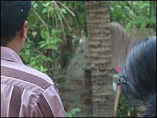 Sri Lankan family in Trincomalee
