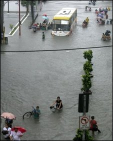 A street in Manila