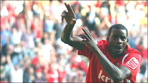Izale McLeod celebrates his goal for Charlton