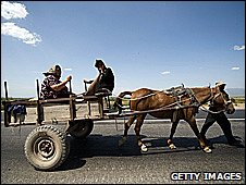 Family on a horse and cart moving to a new home (Getty Images)