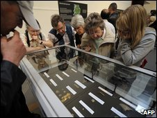 Crowds visit items from the Staffordshire Hoard