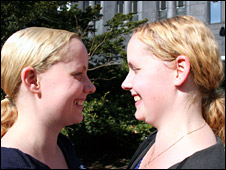 Finnish twins Miia (left) and Noora (right)