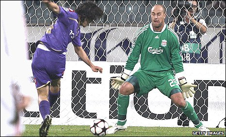 Stevan Jovetic slots past Liverpool keeper Pepe Reina to put Fiorentina ahead in their Champions League Group E match