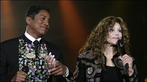 La Toya and Jermaine Jackson at the MOBO awards in Glasgow
