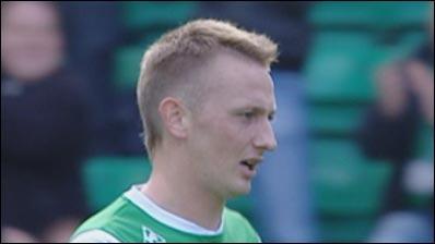 Derek Riordan scores again Motherwell and St Johnstone