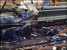 Ladbroke Grove crash scene